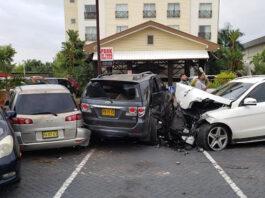 Dronken jongeman veroorzaakt enorme schade op parkeerplaats hotel in Suriname