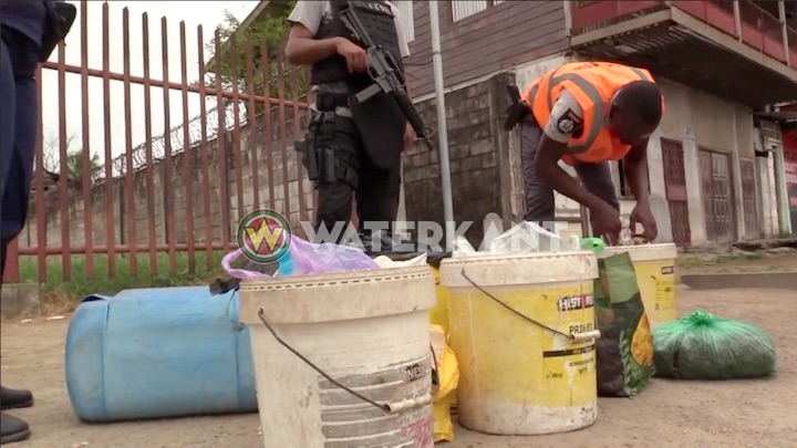 Politie Suriname pakt drugshaarden binnenstad aan met operatie HOOP