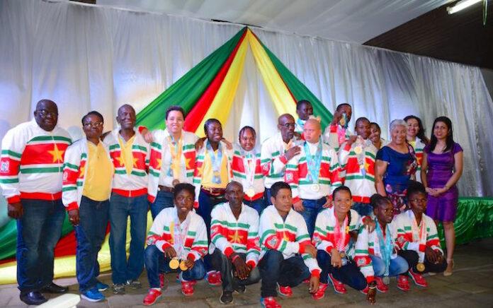 Onderwijsminister huldigt Special Olympians Suriname
