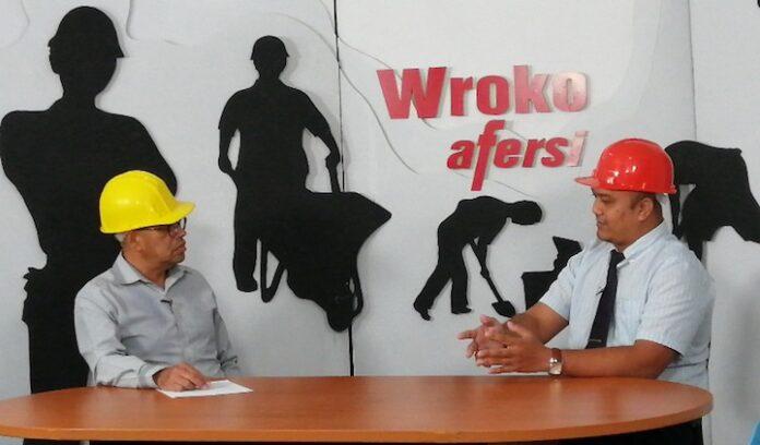 Wroko Afersi belicht aanvraagprocedure werkvergunning in Suriname