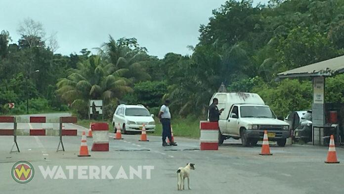 Fransen willen drugsscanner op de weg van Paramaribo naar Albina plaatsen
