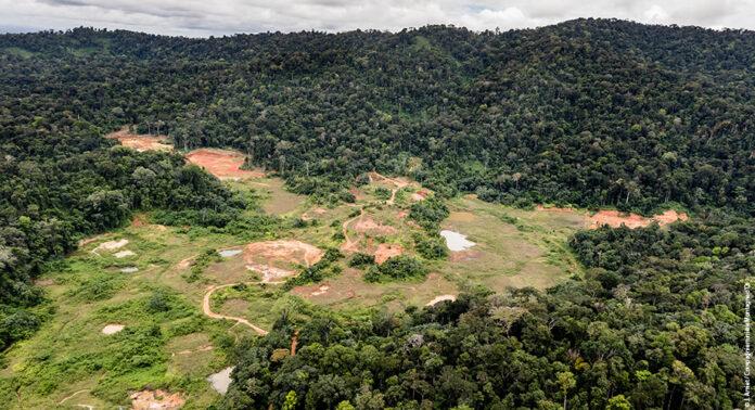 Groot Frans goudmijnproject vlakbij grens met Suriname geschrapt