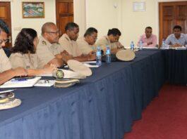 Kennismakingsbezoek tussen dc's en minister Openbare Werken Suriname