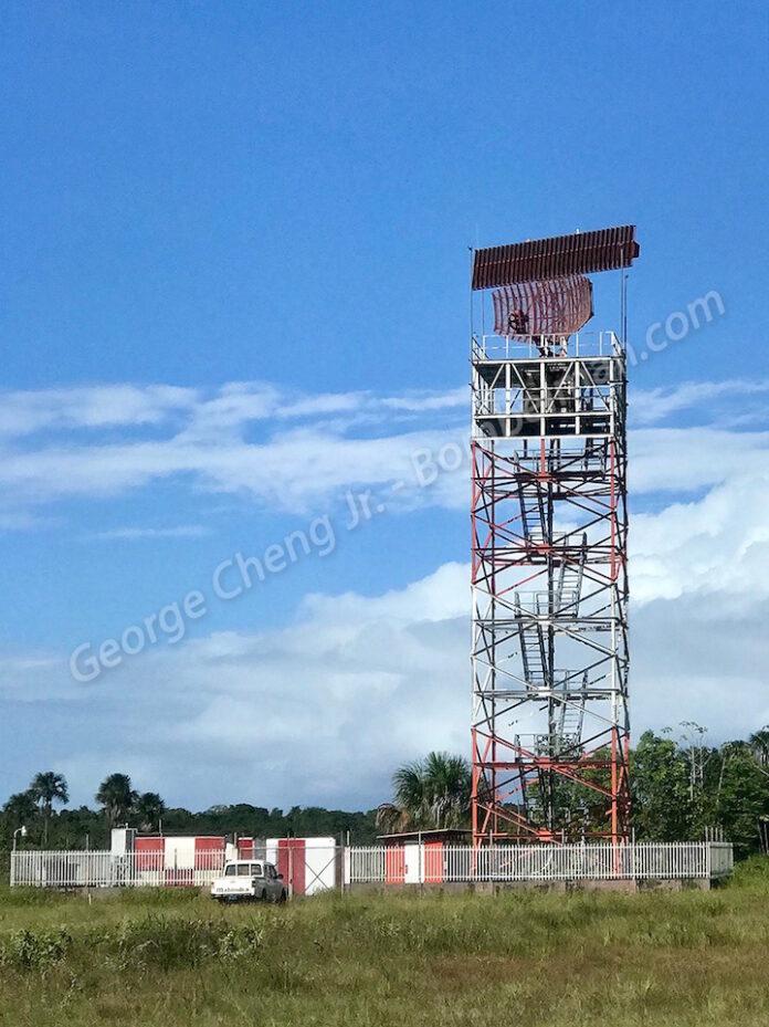 Hoofd Luchtvaartdienst Suriname spreekt geruchten dat radar Zanderij niet werkt tegen