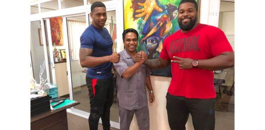 'Donovan en Leandro Dongo door WWE gekozen om Suriname te vertegenwoordigen'