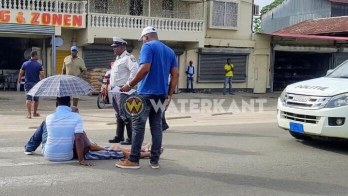 Voetganger op zebrapad aangereden in Suriname