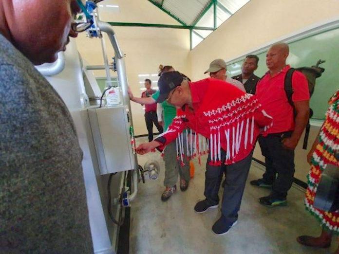 Plaatsen van vuilverbrandingsovens in dorpen Suriname verloopt vlot
