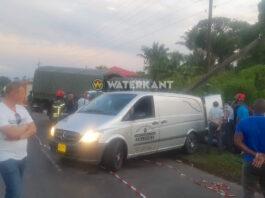 Aangereden personenauto kwam op weghelft van legertruck terecht