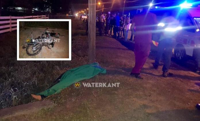Bromfietser dodelijk verongelukt bij eenzijdig ongeval in Suriname