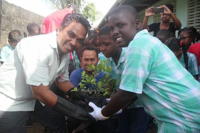 Stichting Tulong Rayat helpt mee aan de gezonde toekomst van morgen