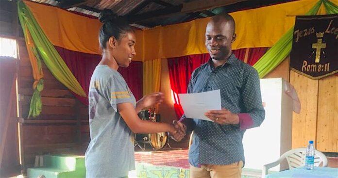 Training voor startende ondernemers in Suriname