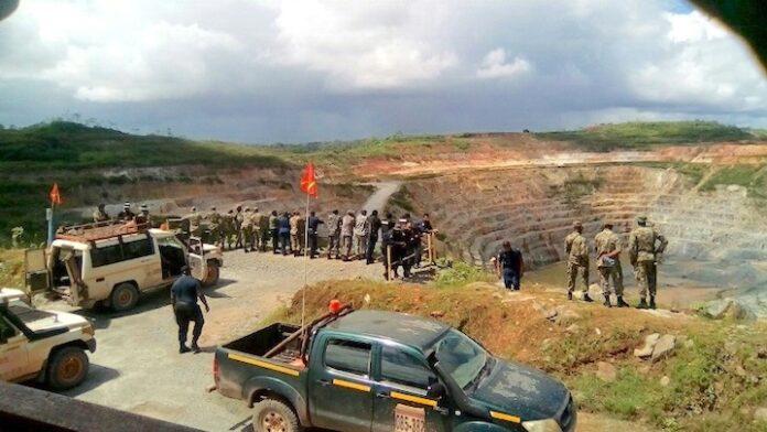 Politie Suriname arresteert porknokkers Roma pit