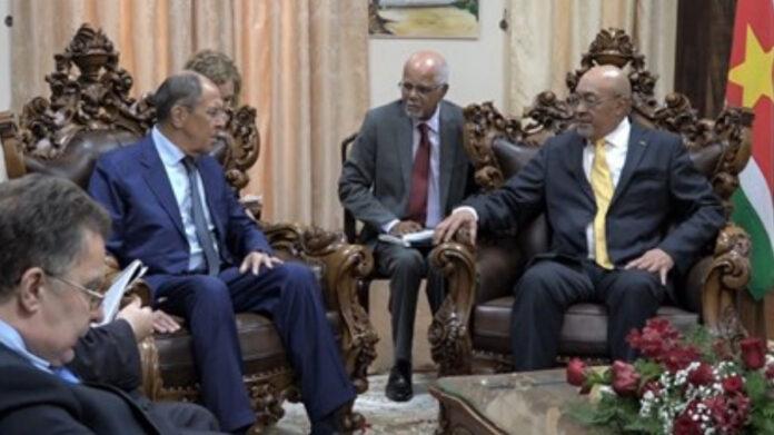 Bouterse ontvangt Russische Buza-minister