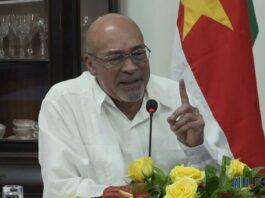President en minister kraken Surinaamse artsen af