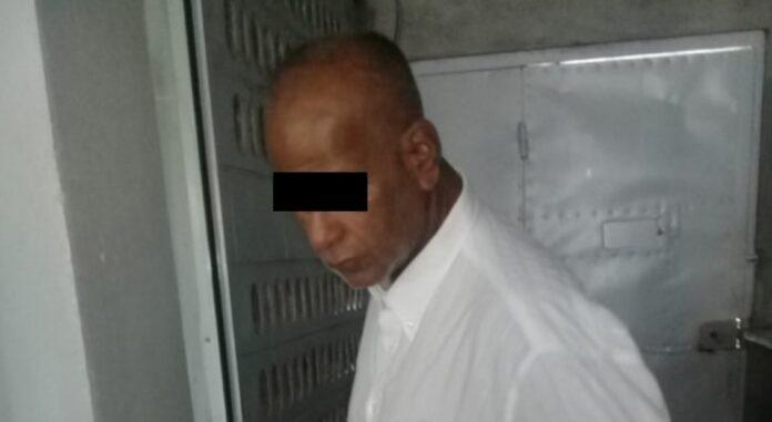 Suriname zet aangehouden oplichter vandaag op het vliegtuig naar Nederland