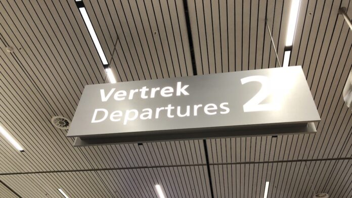 Drukte op Schiphol treft ook reizigers naar Suriname