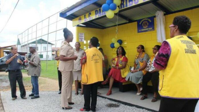 Nieuwe bushuisje voor bewoners Latour