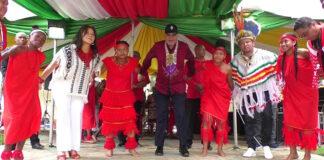 President bij viering Dag der Inheemsen in Suriname