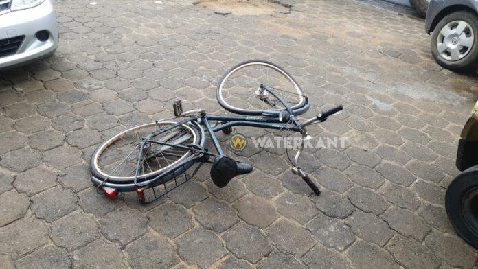 Automobilist zonder rijbewijs vast na aanrijden fietser