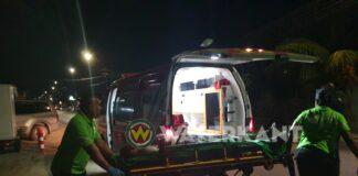 Archieffoto-gewonde-afgevoerd-ambulance