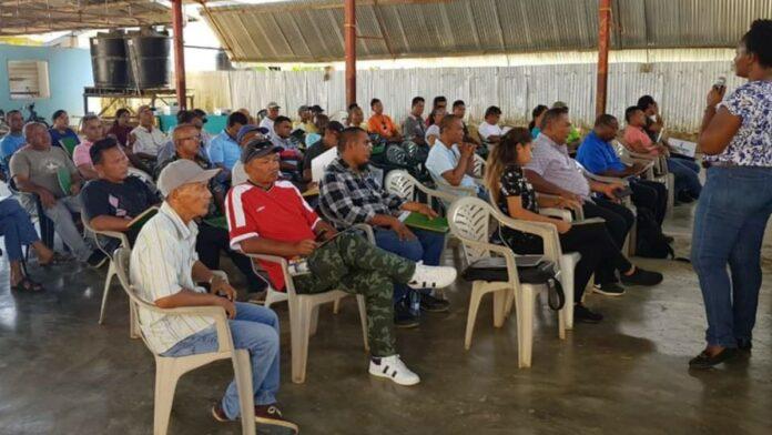 Landbouwers Commewijne krijgen informatie over Matching Grant Facility
