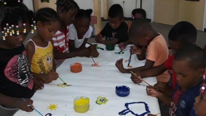 SDG-werkgroep RO bezoekt vakantiescholen