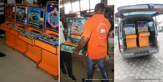 Illegale gokkasten in Suriname n beslag genomen