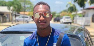 Voetballer Roscello Vlijter raakt paspoort kwijt en kan Suriname niet verlaten