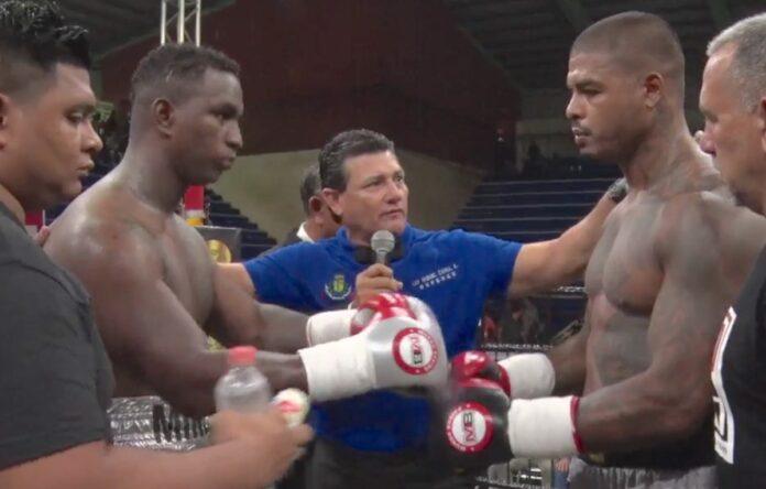 Tyrone Spong wint in Mexico van Jeyson Minda uit Ecuador