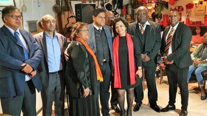 Santokhi installeert nieuwe VHP kern in Nederland