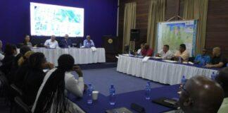 Eerste meeting commissie 44 jaar onafhankelijkheid