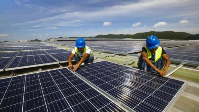 Gujaba en Pikin Slee worden spoedig voorzien van zonne-energie