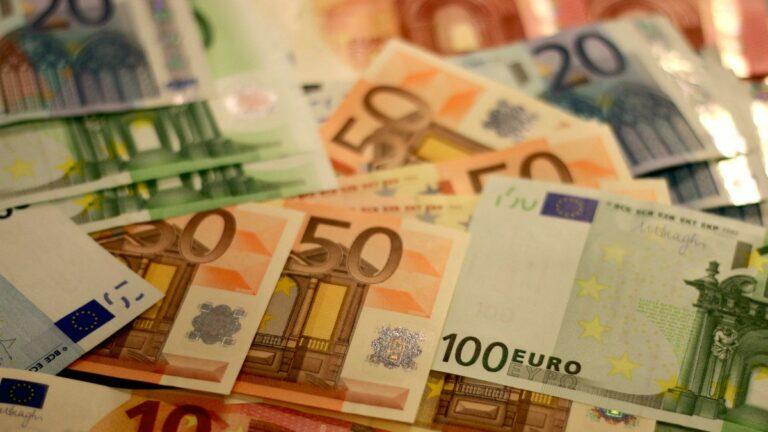 DNA keurt wijziging valutawet goed