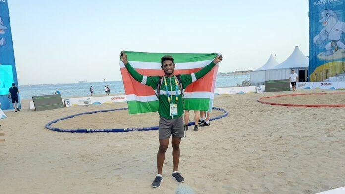 Nickeriaanse worstelaar(19) vertegenwoordigd Suriname in Qatar