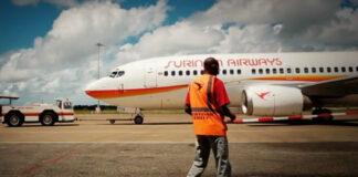 Protestbijeenkomst bezorgde SLM-burgers bij KLM kantoor in Suriname