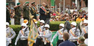 srefidensi-inspectie-president-suriname