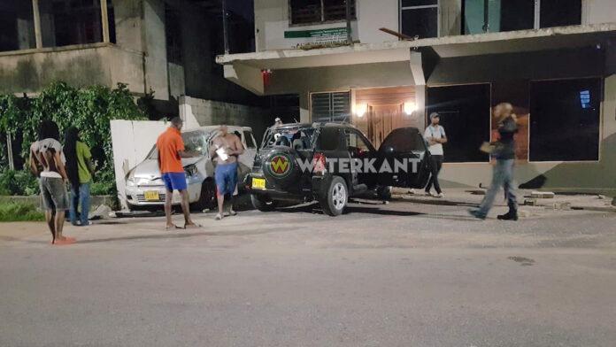 Flinke schade en gewonden na onoplettendheid automobilist