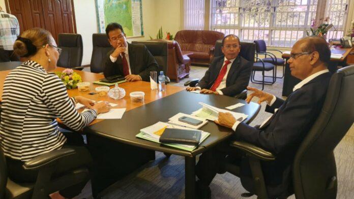 Indonesische ambassadeur bracht bezoek aan LVV-minister Parmessar