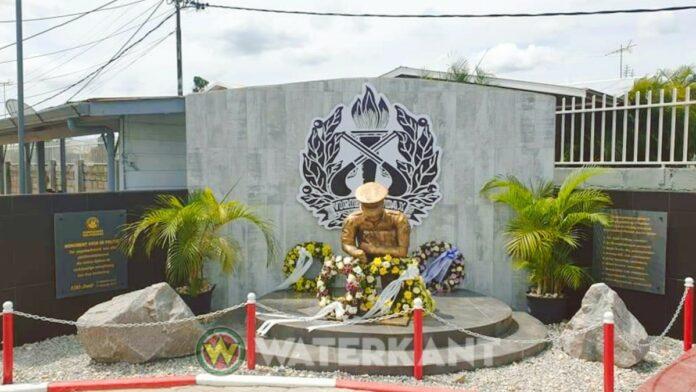 Monument voor gevallen agenten onthuld bij herdenking 100-jarig bestaan Politiebond
