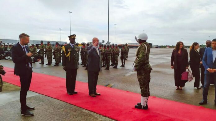 President Bouterse en delegatie vertrokken naar China