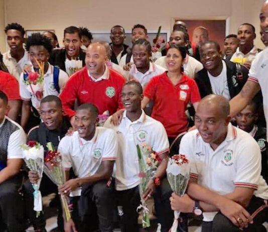 NATIO warm onthaald op luchthaven van Suriname