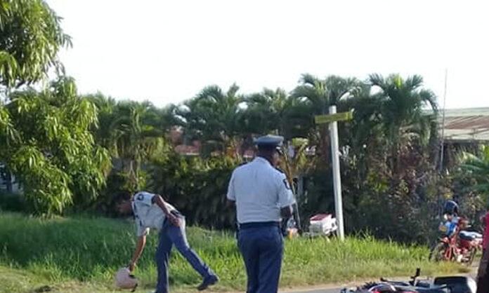 Ongeluk met bromfiets in Suriname