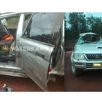Dode nadat auto over de kop sloeg in Suriname