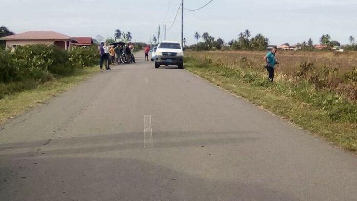 Nickeriaanse man dood met fiets in goot aangetroffen