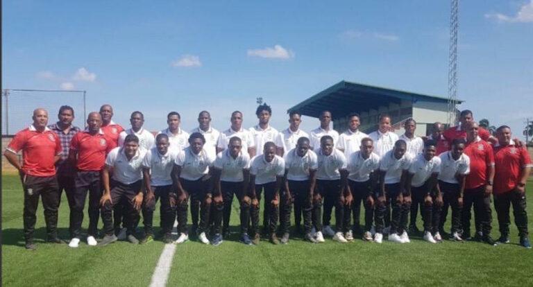 Suriname speelt vandaag tegen Dominica, Hasselbaink zal debuteren