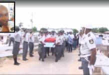 VIDEO: Uitvaart van agent die per ongeluk door collega werd doodgeschoten