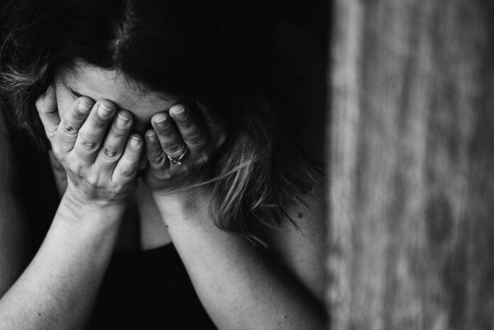 Leerlinge zegt door gemaskerde mannen te zijn ontvoerd, gedrogeerd en misbruikt