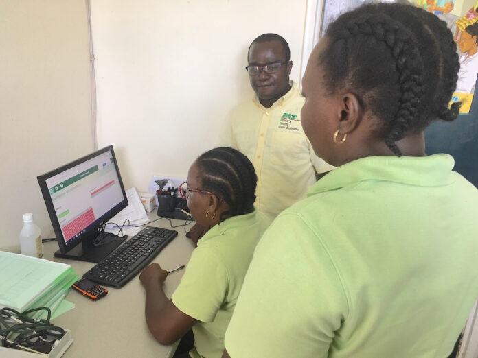 Medische Zending Suriname krijgt complimenten PAHO voor introductie digitale patiënten- informatie systeem