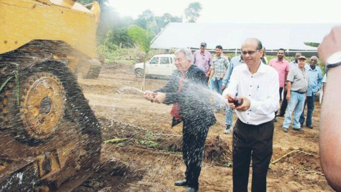 Officiële startsein gegeven voor opzetten Agro Industrial Park in Suriname