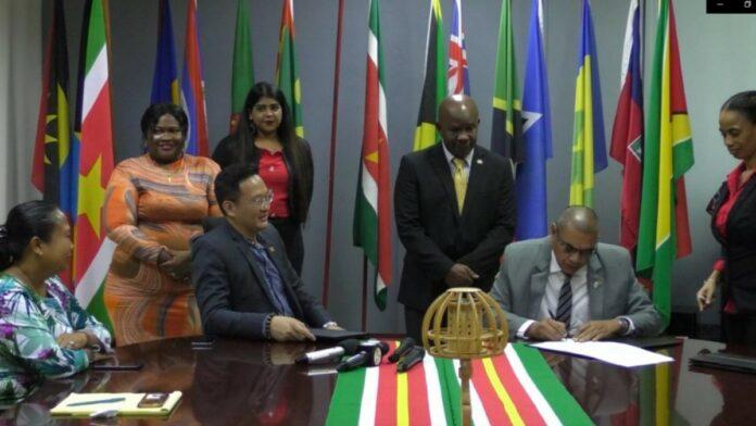 Suriname en Guyana tekenen toerisme akkoord